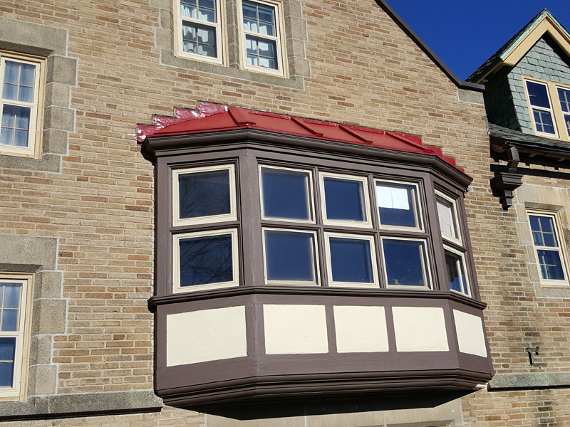 Bay window after exterior painting by The Yankee Painter